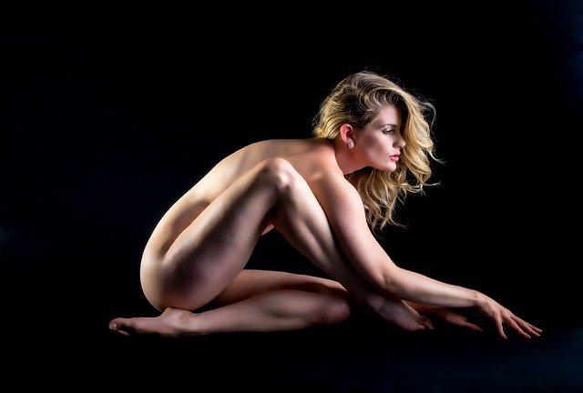 צילומי עירום